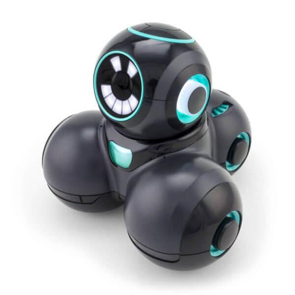 cue black robot